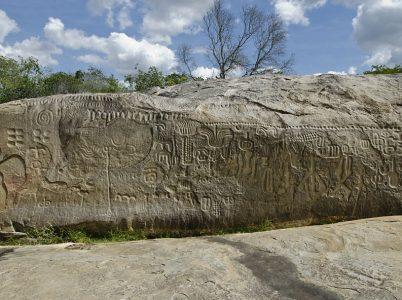 La Pietra di Ingá: la misteriosa pietra che ci descrive la fine di Atlantide?