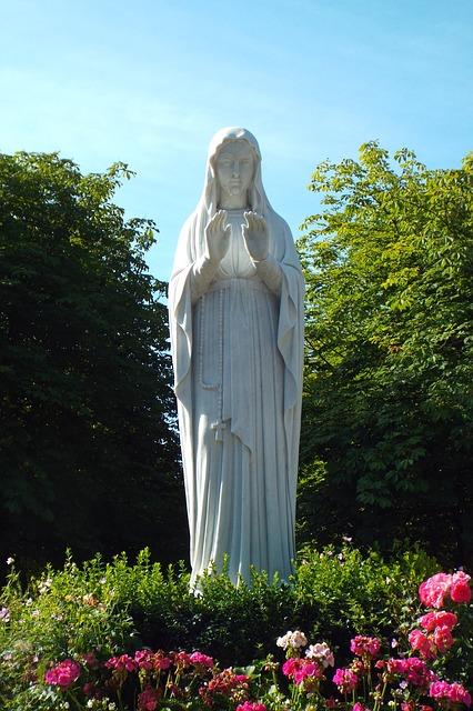 15 gennaio, la Chiesa commemora la Vergine dei Poveri di Banneux