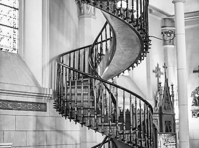 """La scala miracolosa di """"Nostra Signora della Luce"""""""