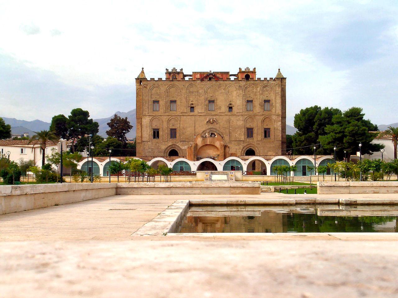 Palermo, la leggenda dei diavoli del castello della Zisa