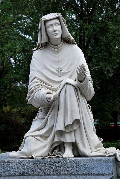 Pensieri di Santa Faustina Kowalska sui Misteri del Santo Rosario